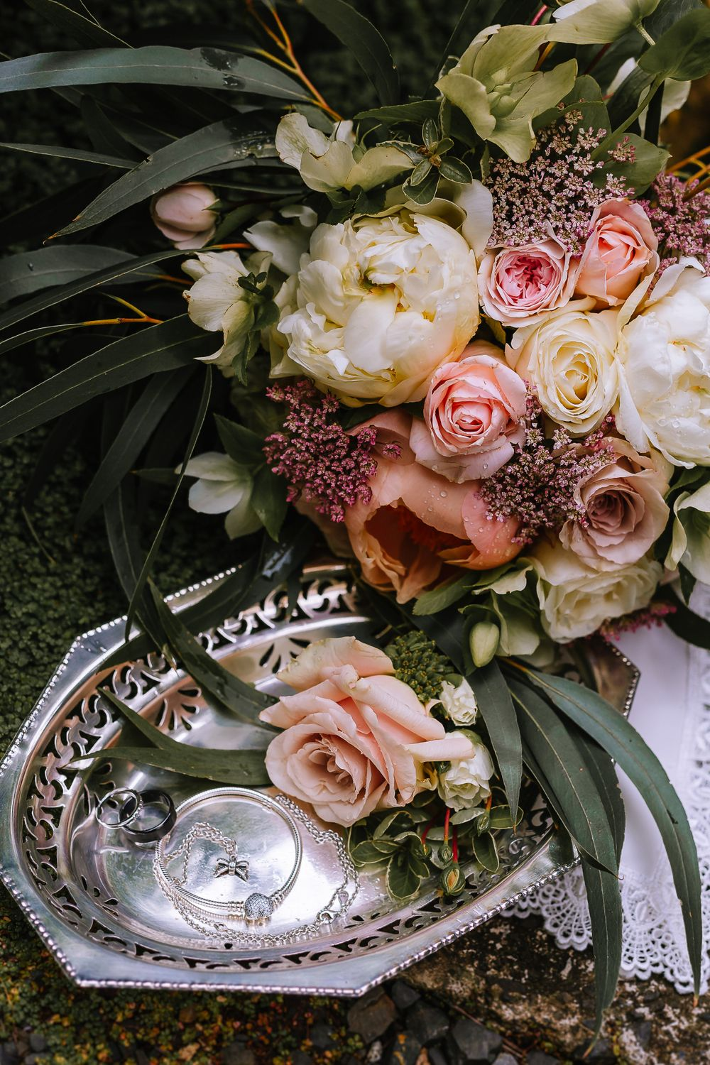 Leah and Grant Flowers - Hush Boutique Coromandel