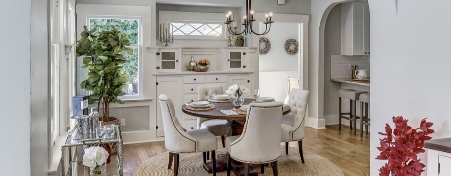 beautifully staged dinning room