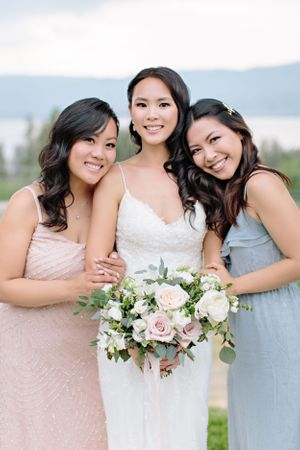 bride with best friends