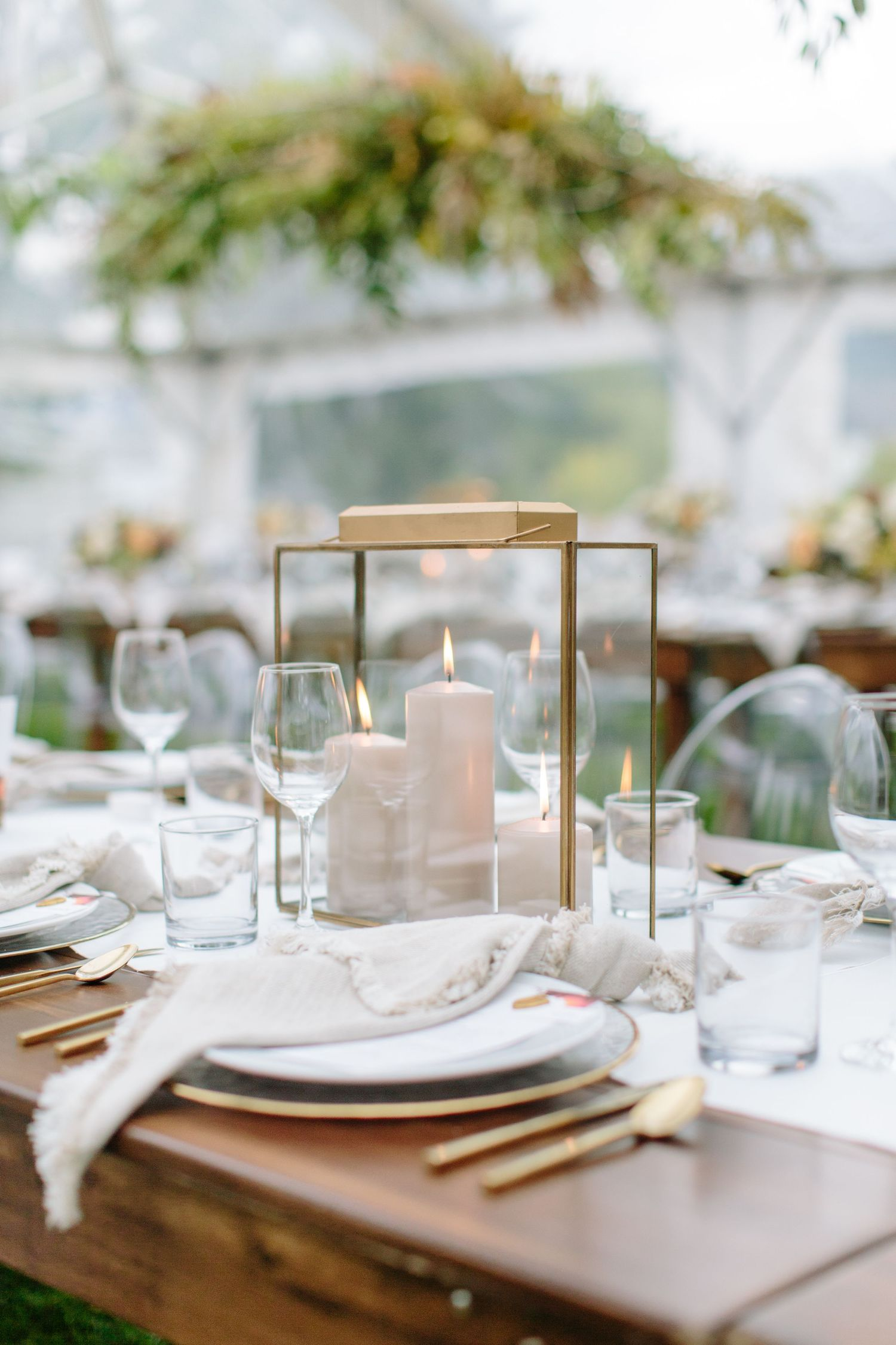 gold accent table scape wedding design