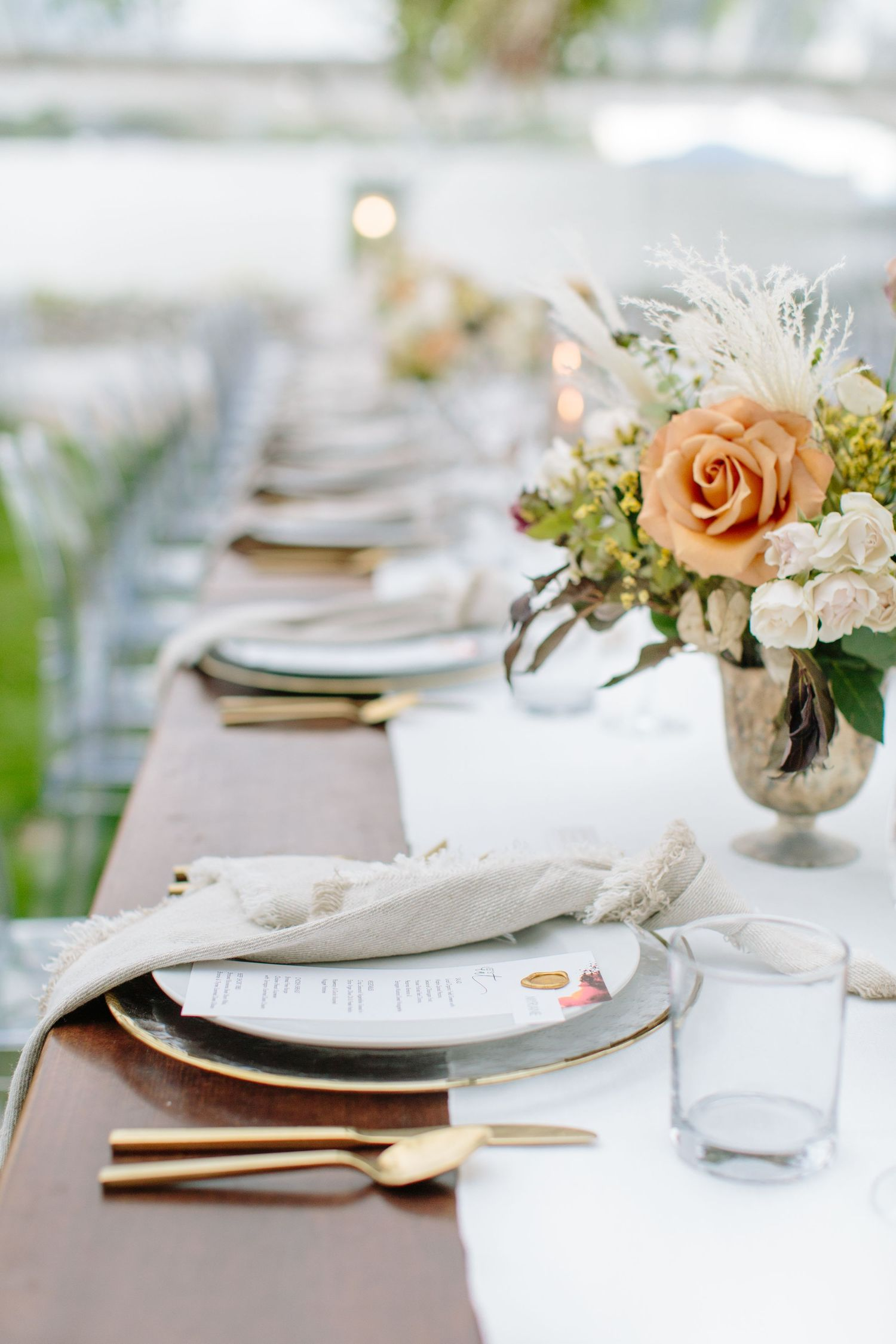 okanagan rustic wedding tablescape