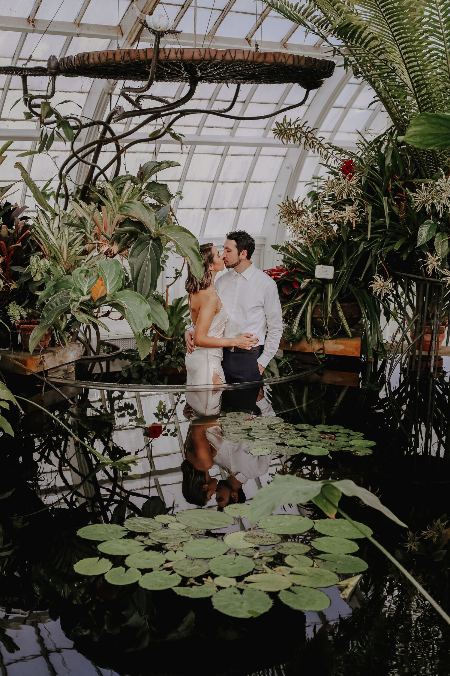san francisco engagement session, conservatory of flowers engagement session, san francisco engagement photographer