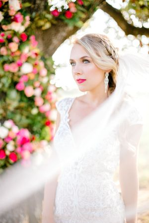 Elizabeth Couch Photography | Dallas Fort Worth Wedding Photographer | bridal photos | glamorous blonde blog