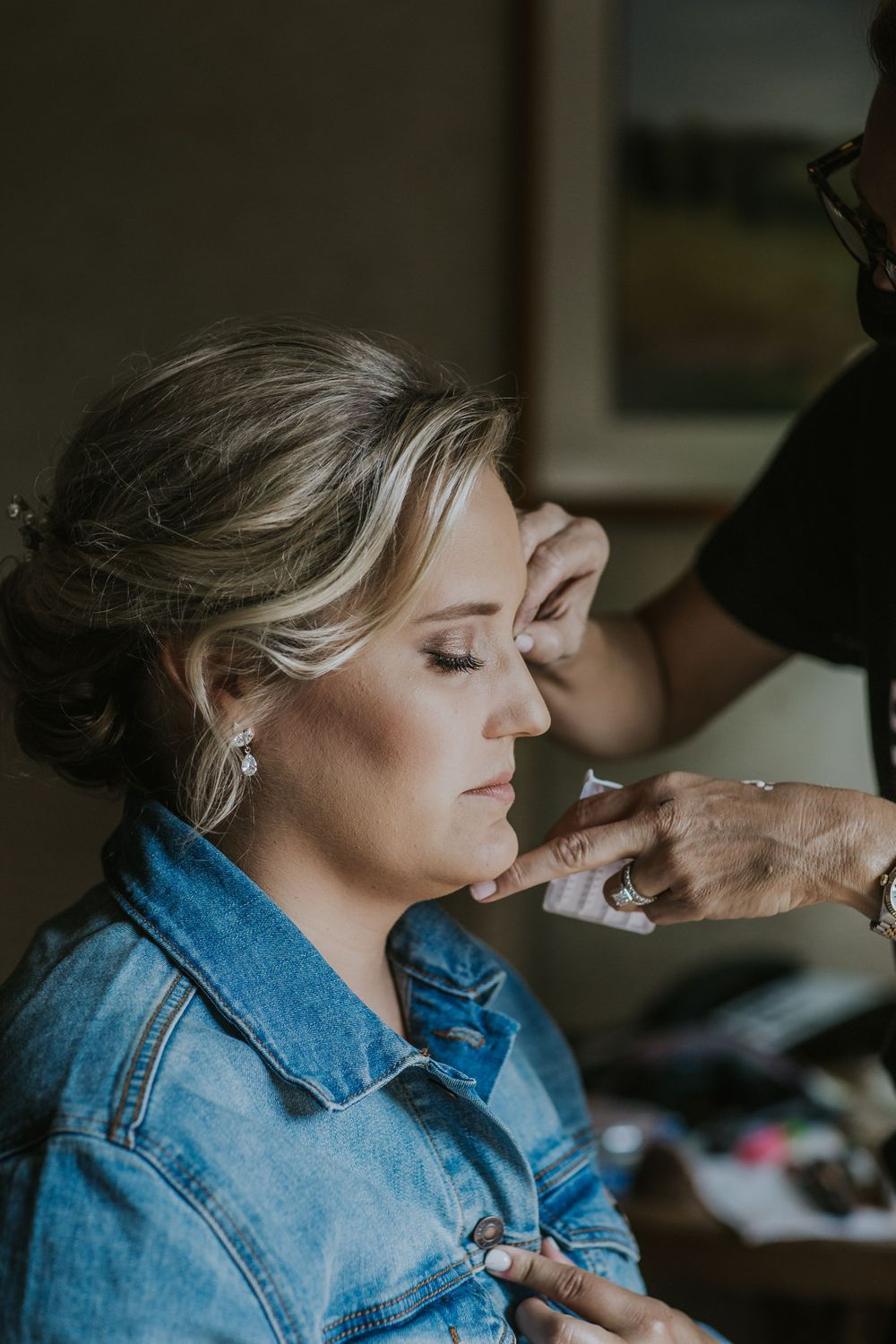 rebecca skidgel photography st helena napa valley wedding photography covid19 brides getting ready hair and makeup