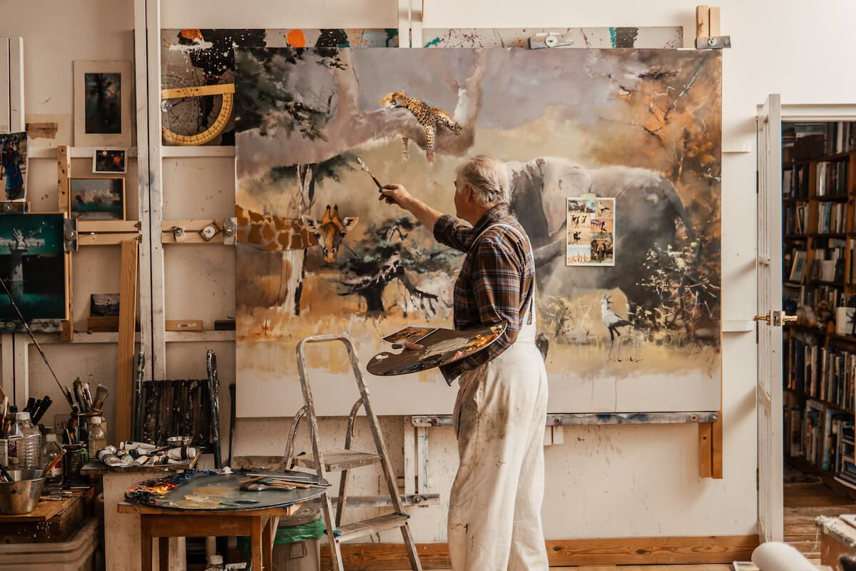 JOHN-HARRIS-PAINTER-AND-ARTIST-PHOTOGRAPHY-FOR-DEVON-LIFE-CHLOE-UPTON-STUDIO