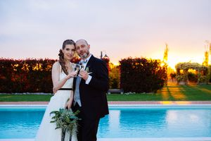 wedding photography of bride and groom at sunset in Italy