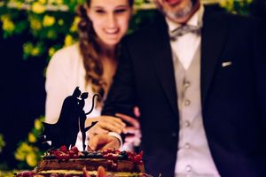 catwoman and batman themed wedding in Italy