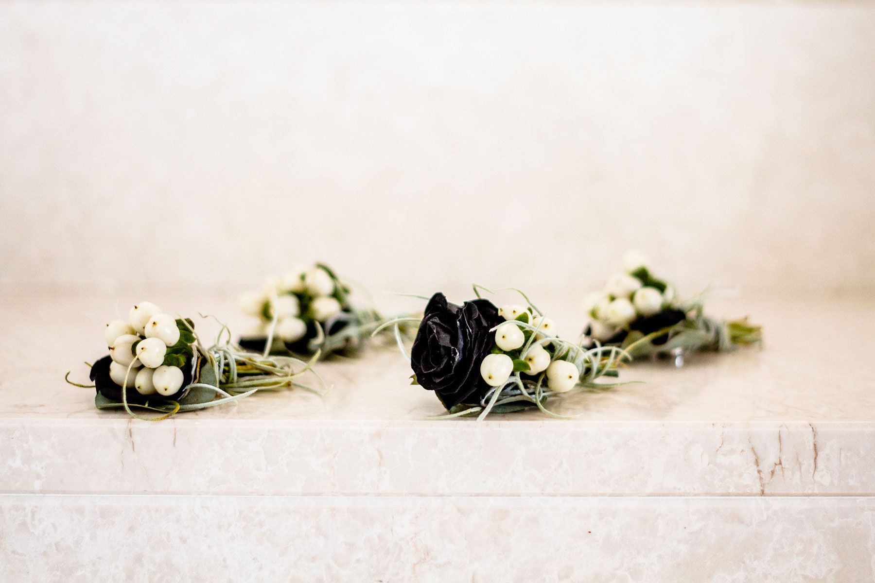 comics themed flowers Italian wedding photography by Italy destination wedding photographer Elizabeth Armitage