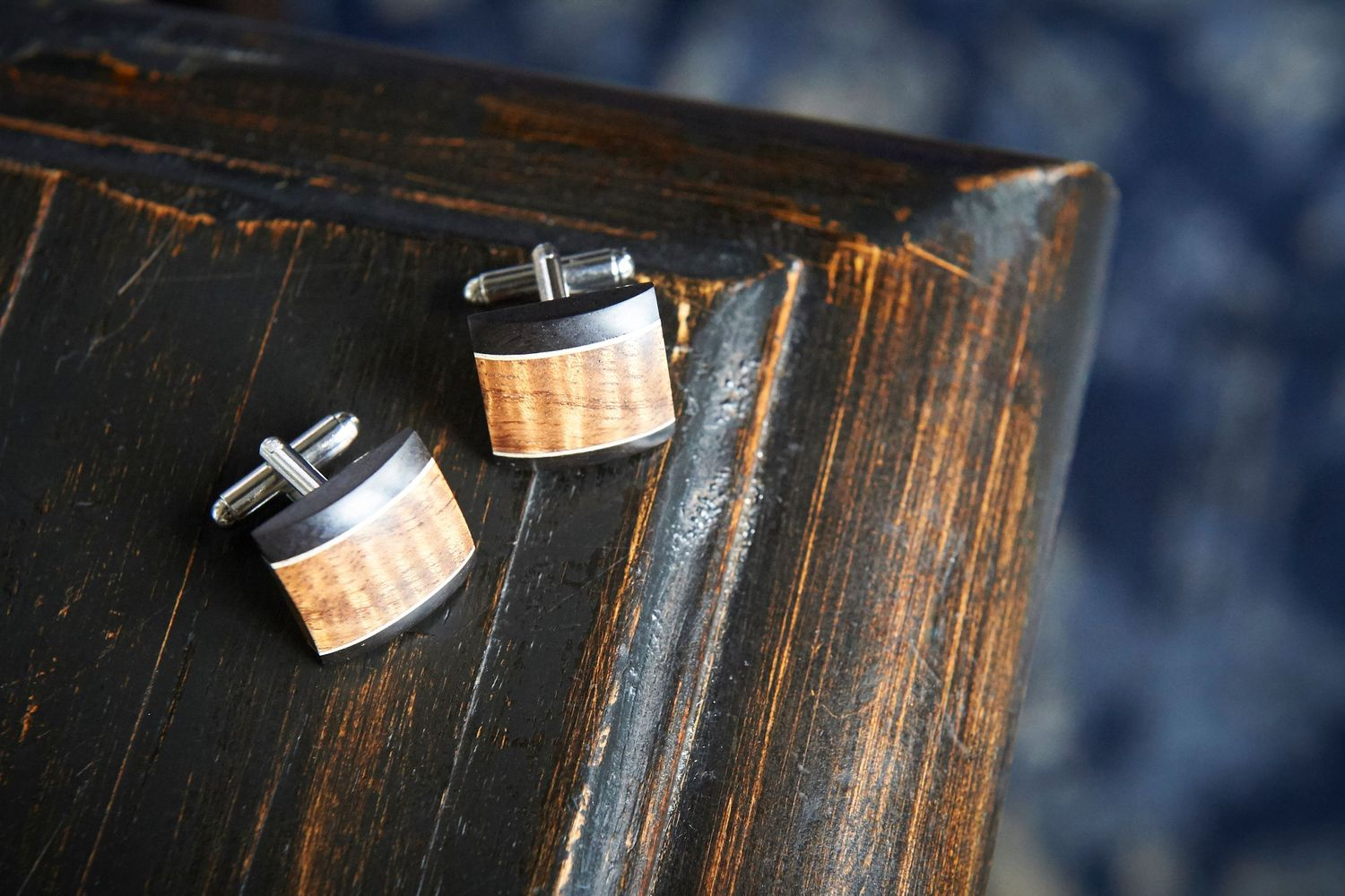 groom's cuff links at Bonnet Island Estate