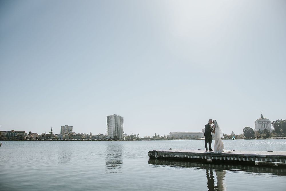rebecca skidgle photography northen california napa wedding photographer first look bride groom romantic oakland lake