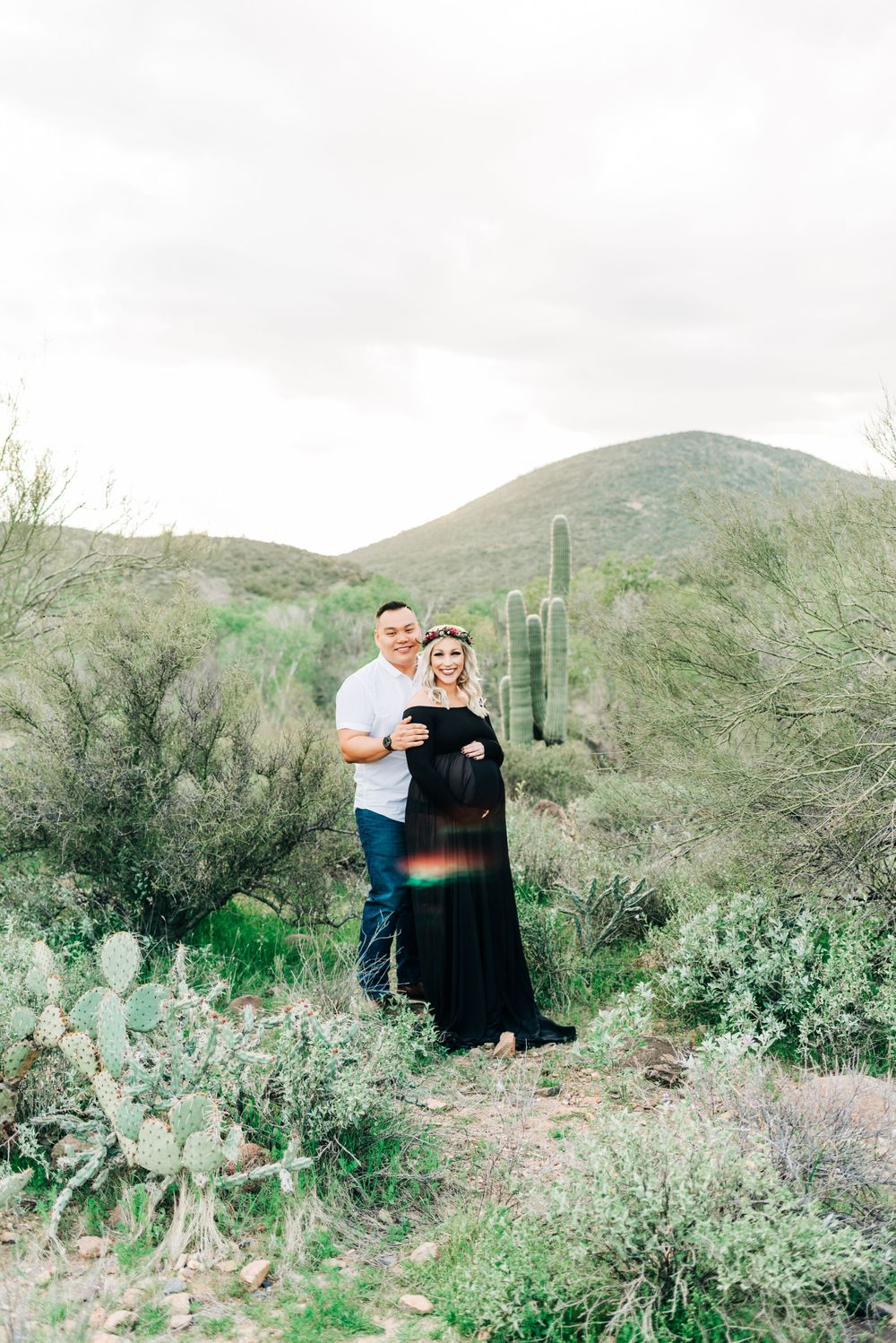 Phoenix, AZ maternity session with mom wearing floral crown