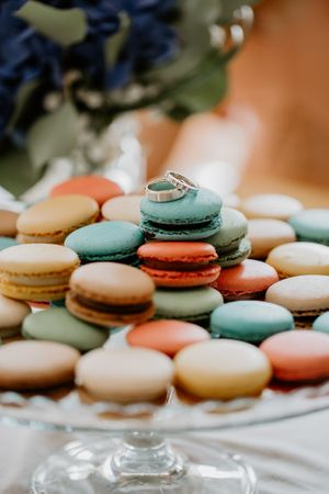 Macarons with a ring
