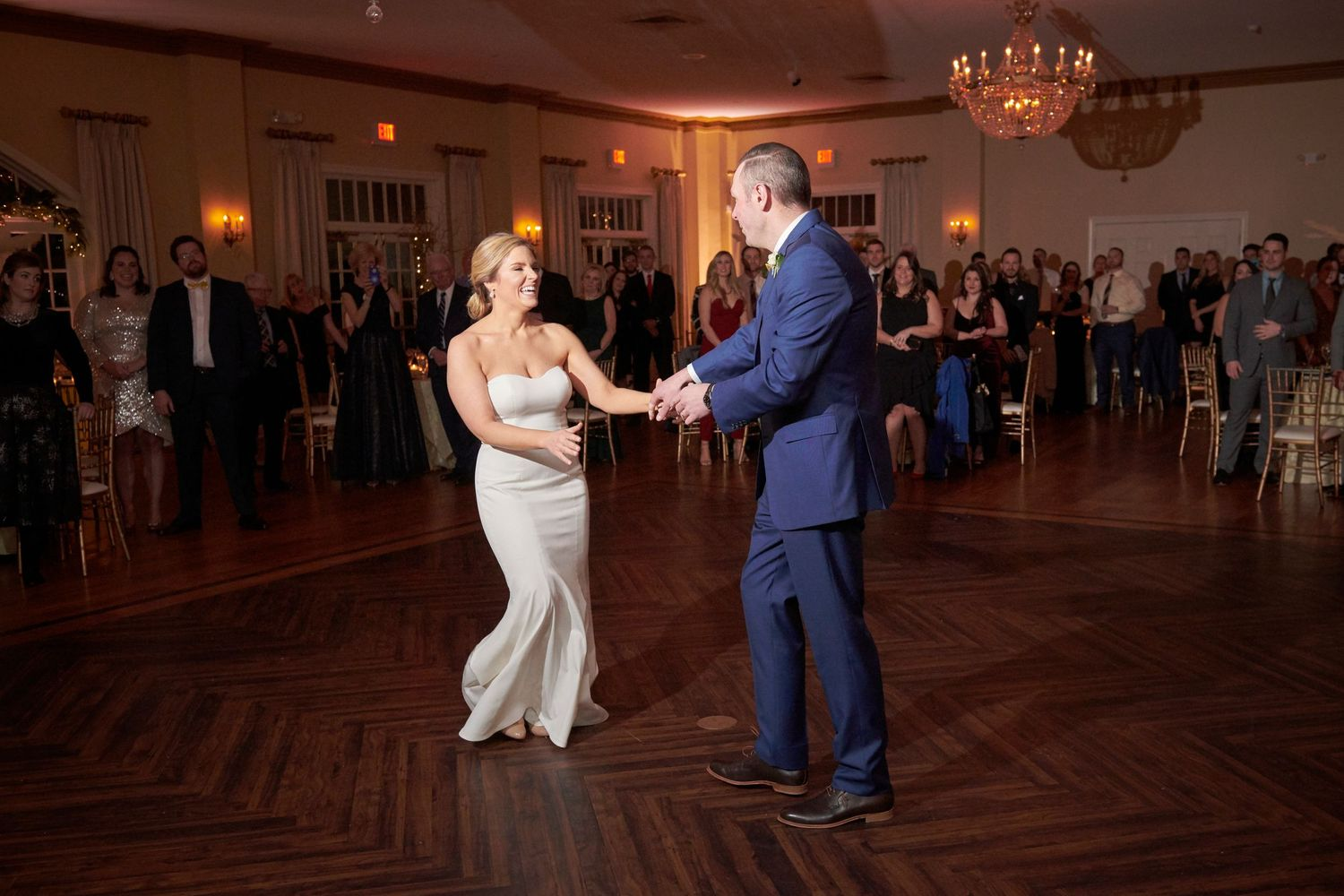 bride and groom's first dance at Belle Voir Manor