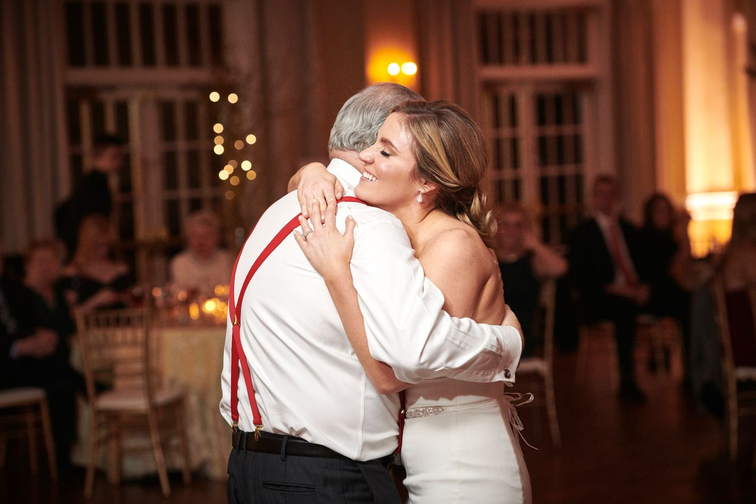 father daughter dance during reception at Belle Voir Manor