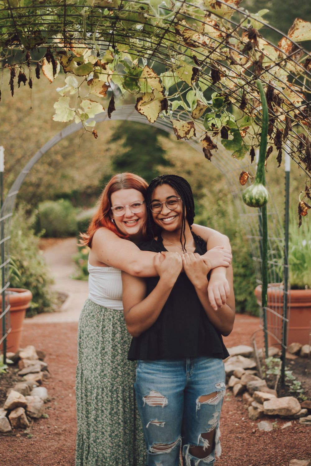 Best friends shoot at the UGA State Botanical Garden