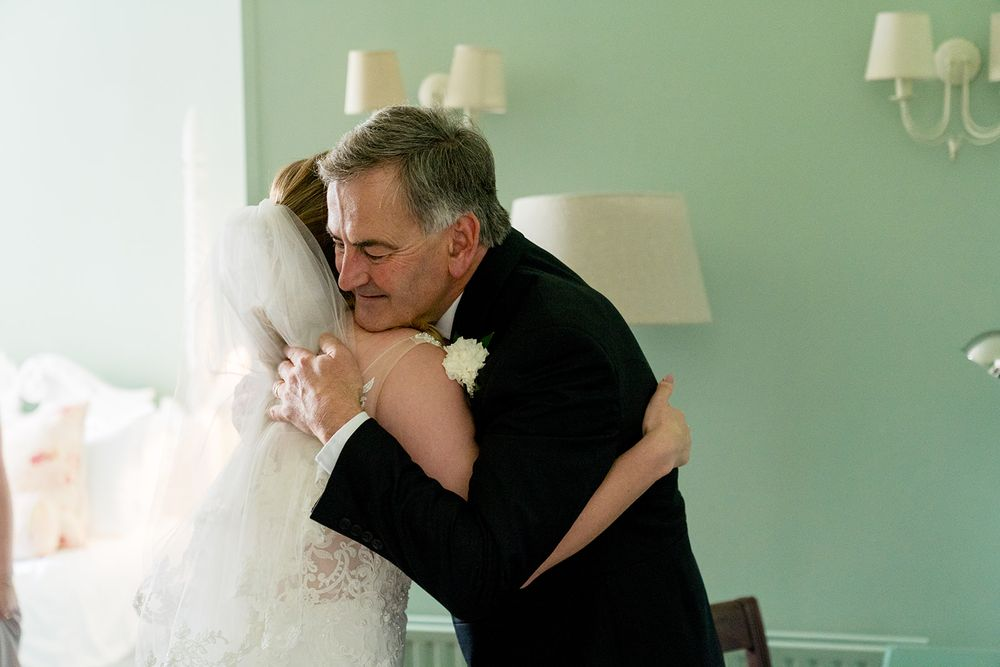 father of bride cuddle