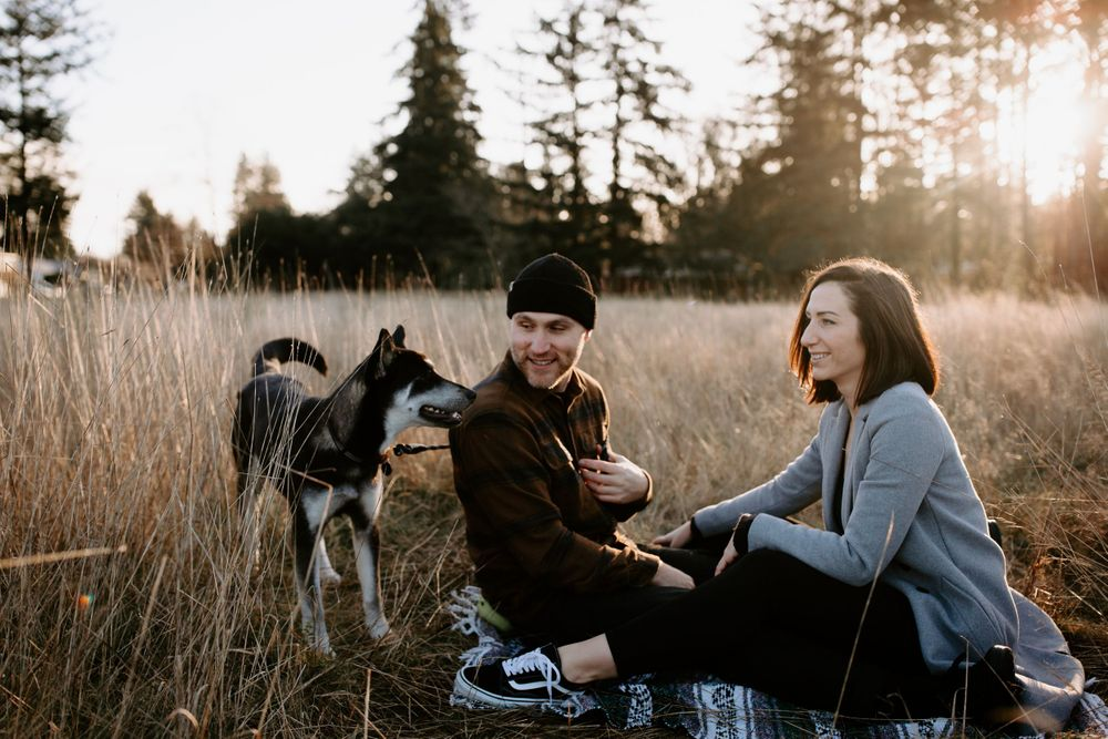 sunrise engagement photoshoot fort steilacoom dog park