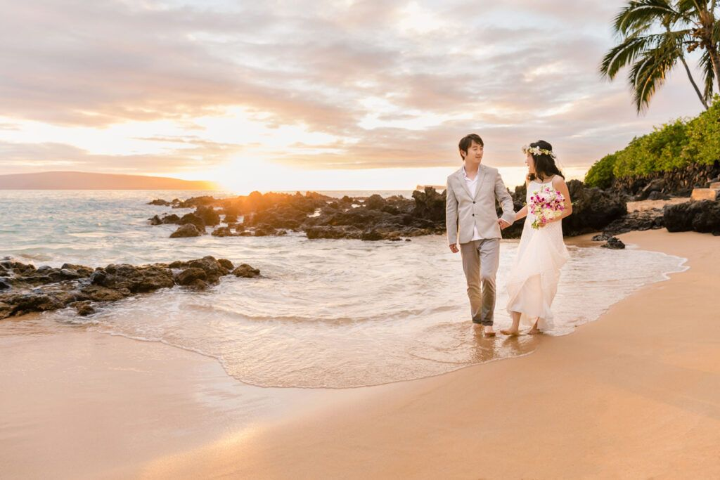 maui sunset beach wedding photographers