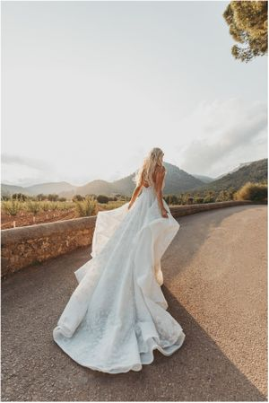 Wedding dress, Wedding Photographer Mallorca, Amazing wedding dress