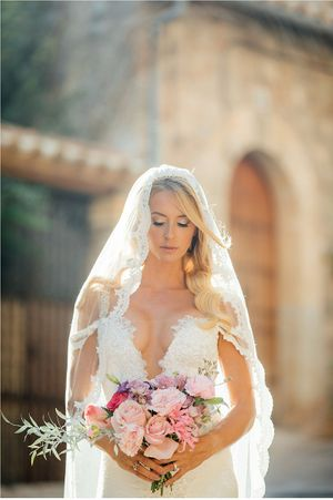 Gorgeous Bride, wedding Photographer Mallorca