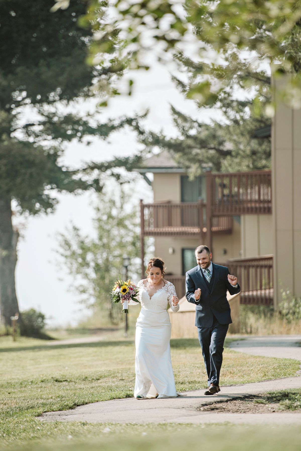 Couple walks to reception