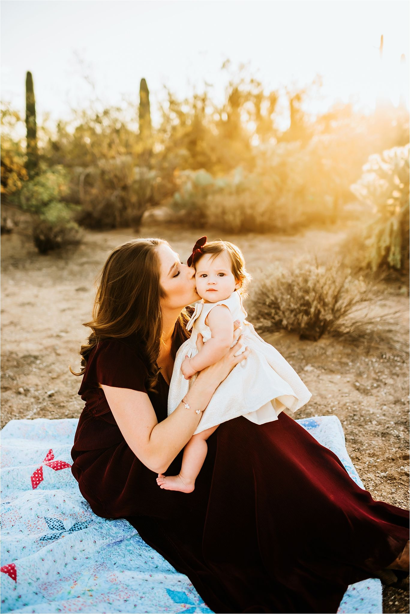 Sierra Vista Photographer-desert family session in Sabino Canyon-01