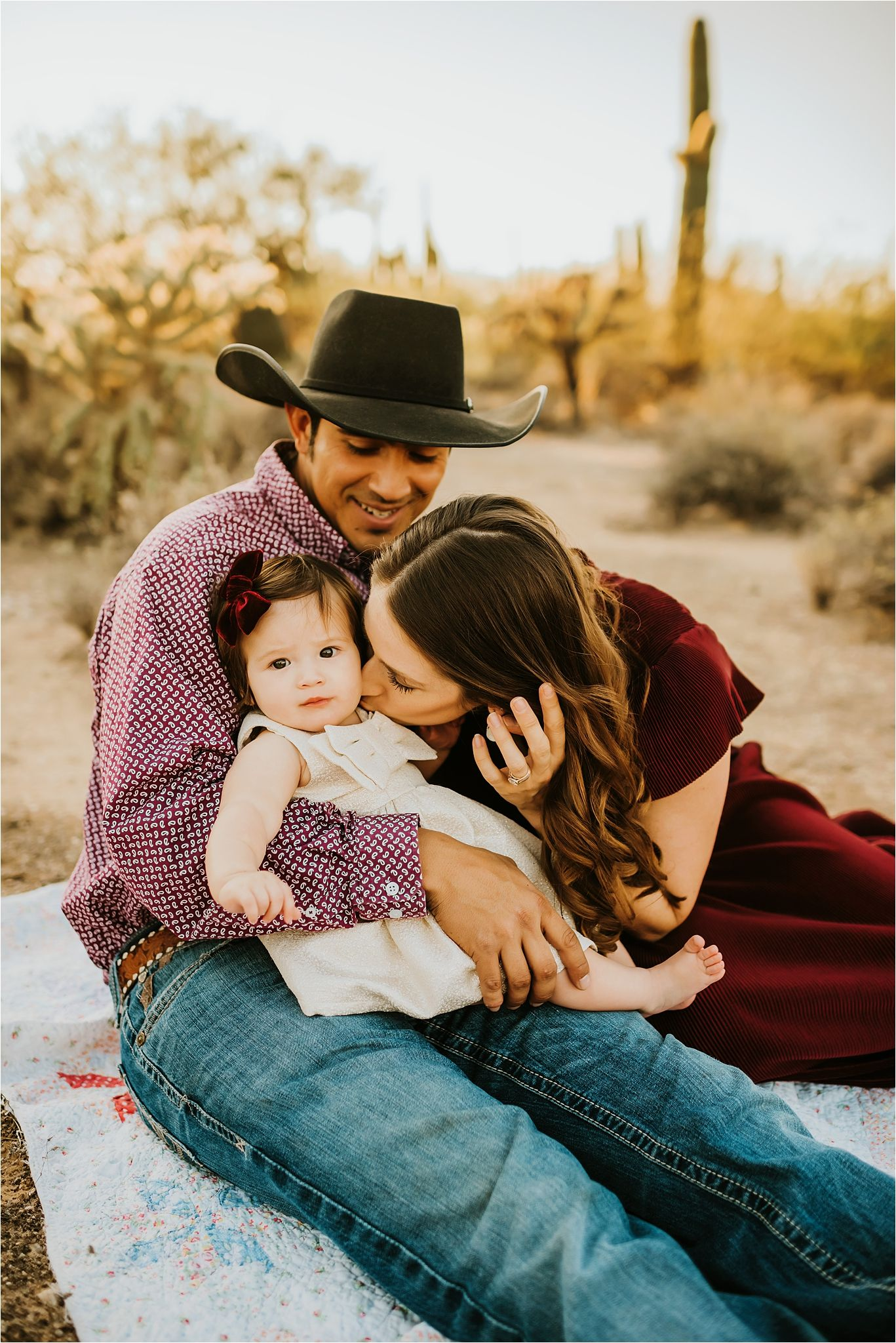 Family session in Sabino Canyon AZ-Tucson Family Photographer-03