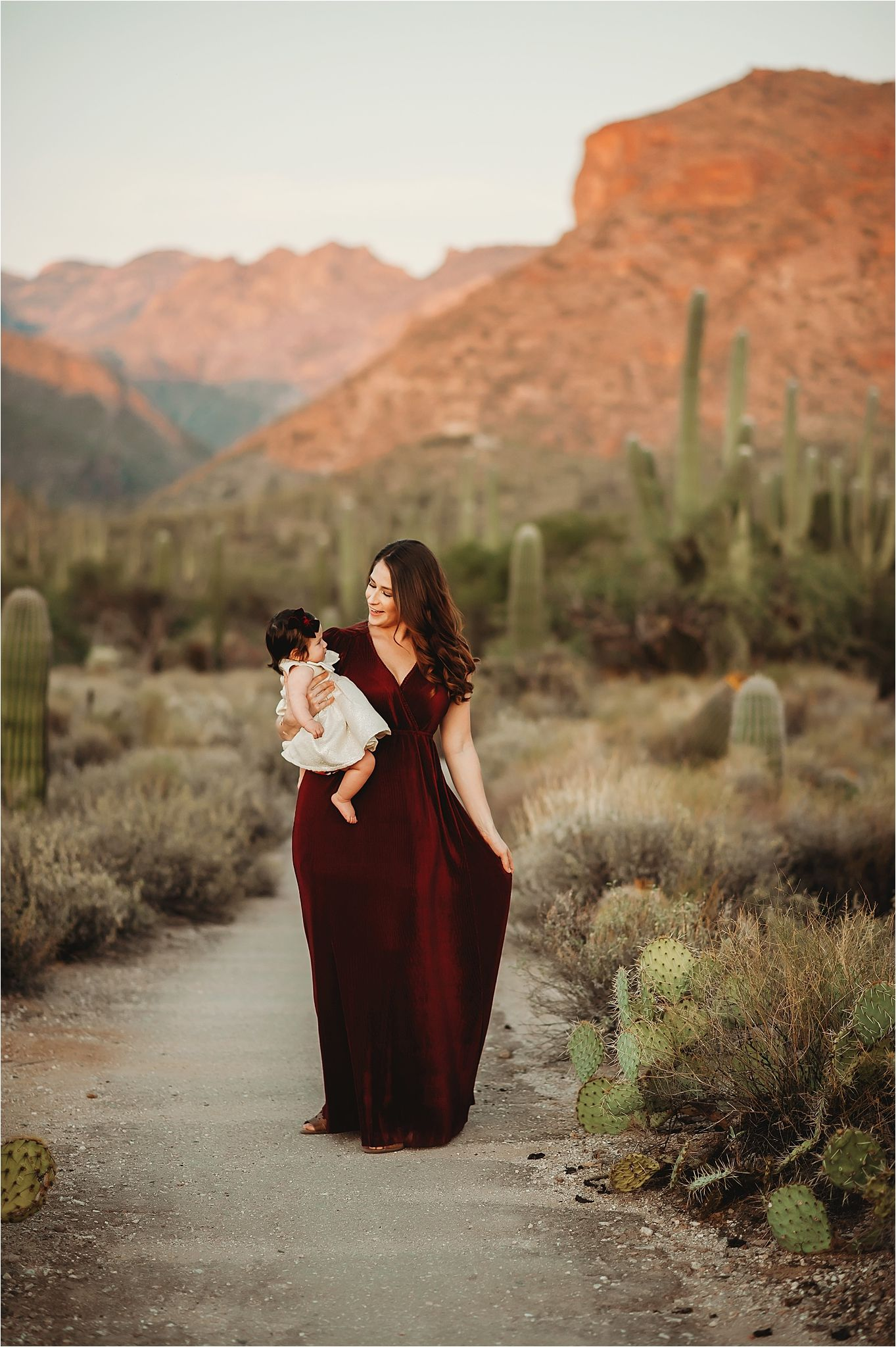 Mountain view family session in the desert-best Sierra Vista Photographer-11