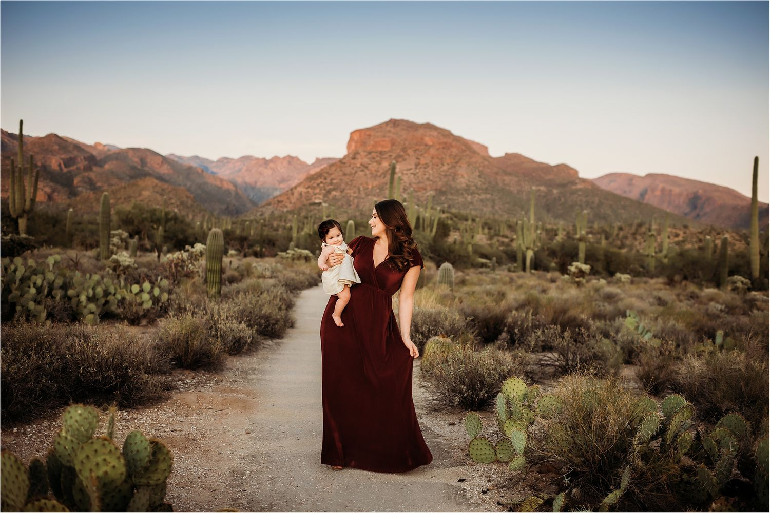 Mountain view family session in the desert-best Sierra Vista Photographer-13