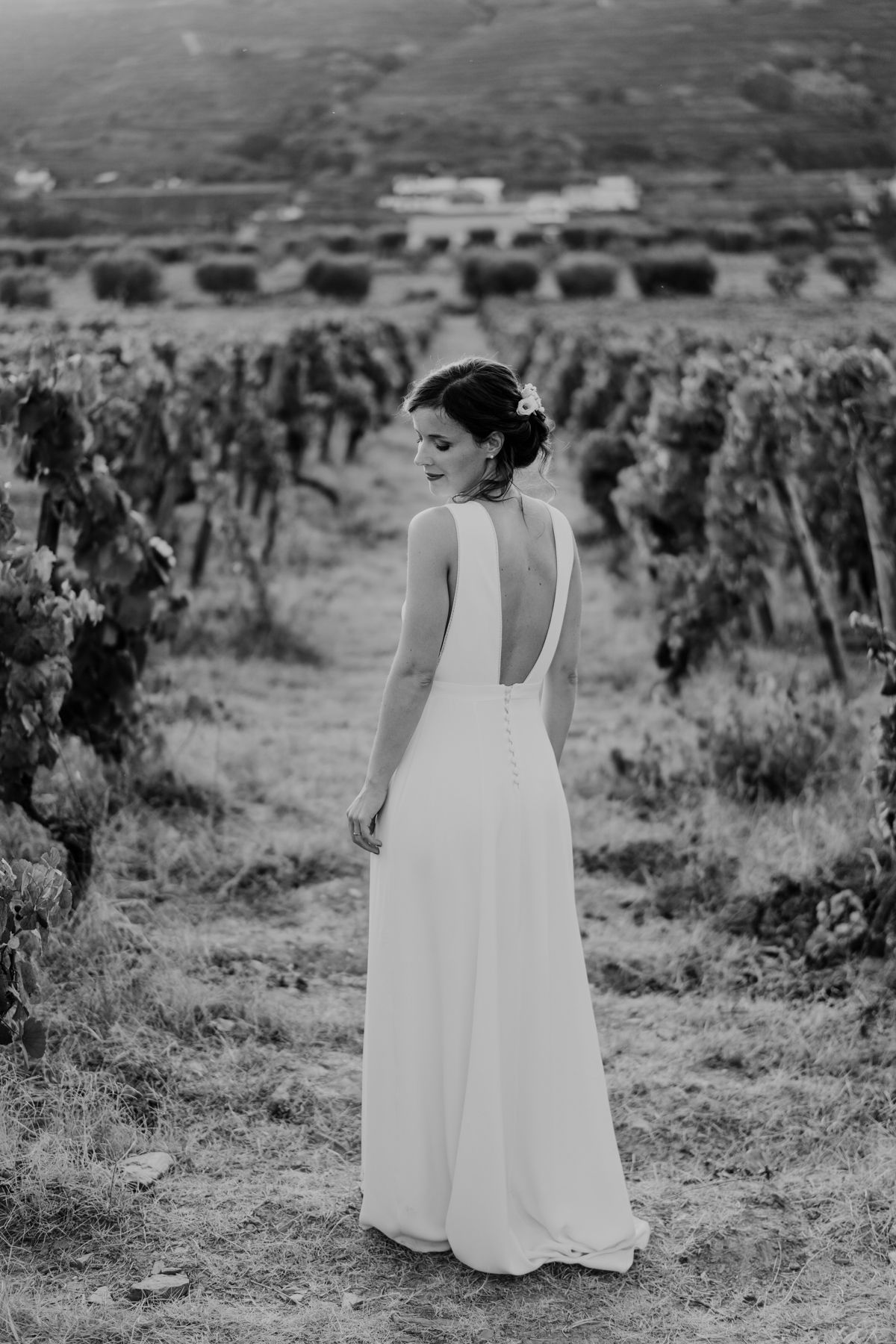 bride vineyards portrait wedding photography portugal