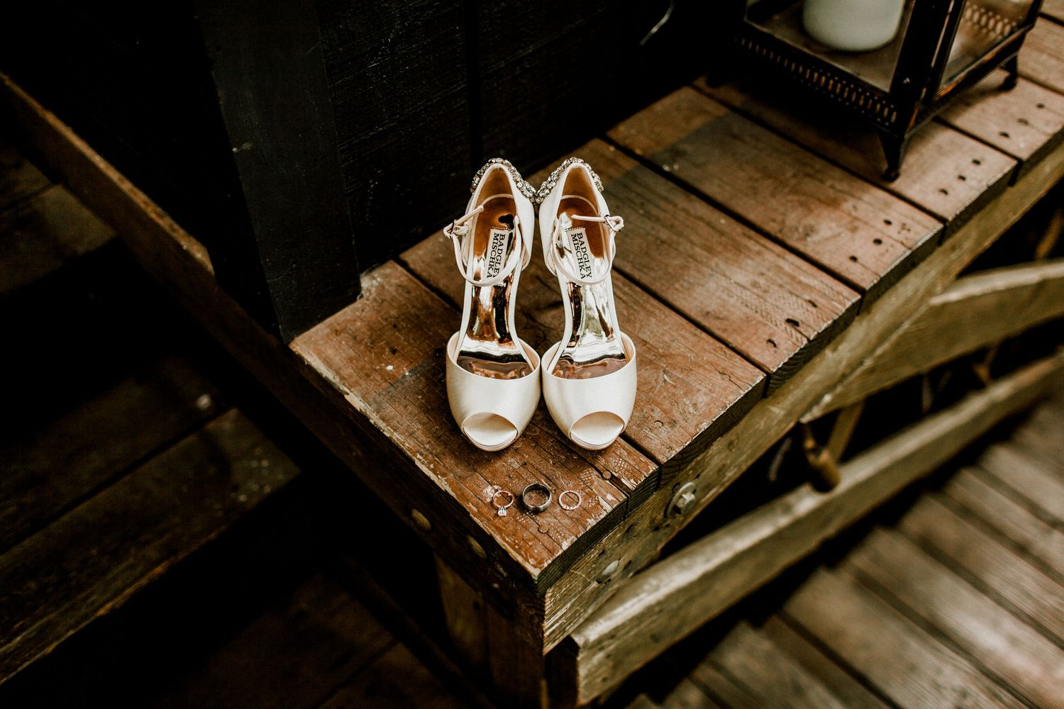 wedding day details shoes and rings
