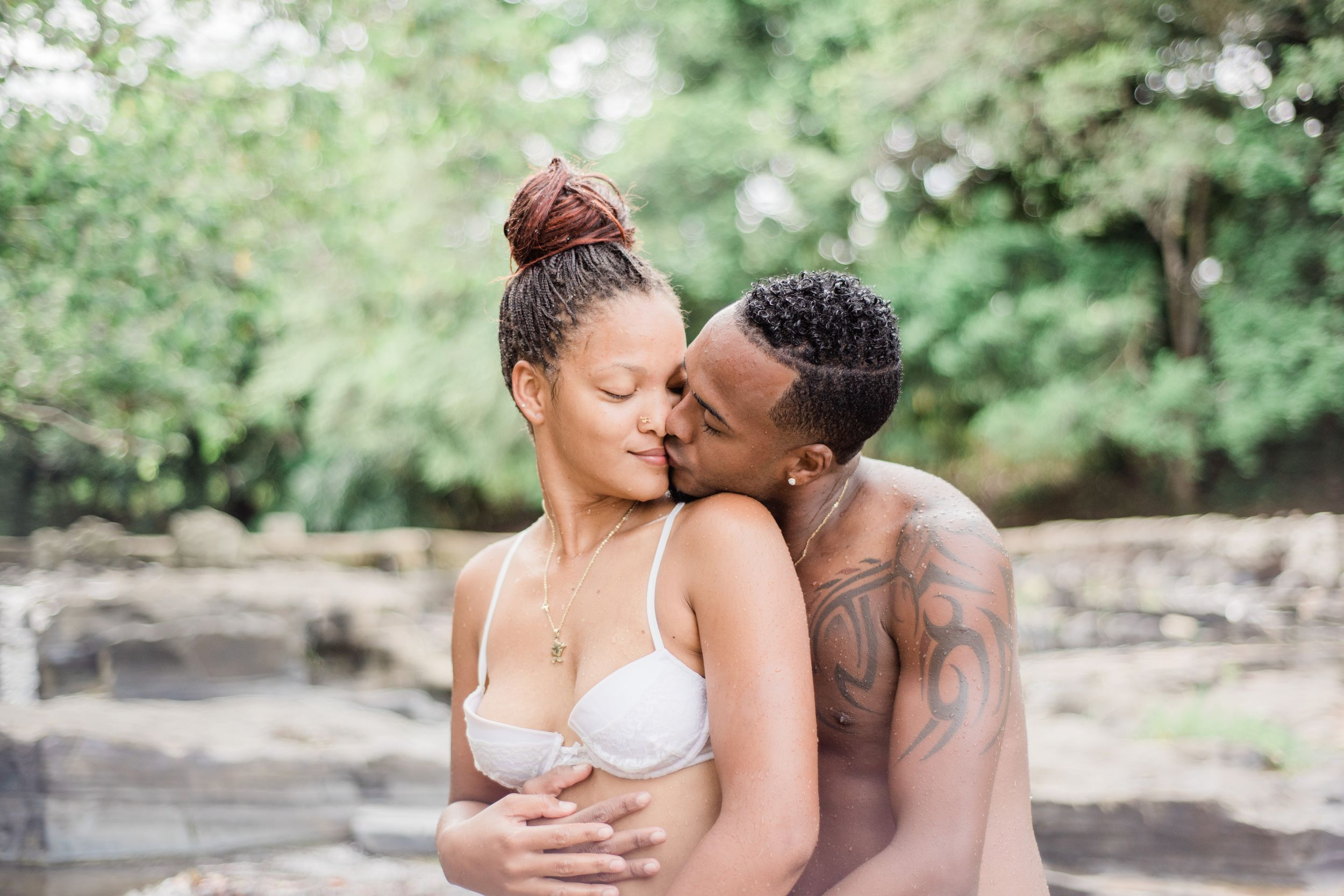 dominican-republic-engagement-couple-in-love