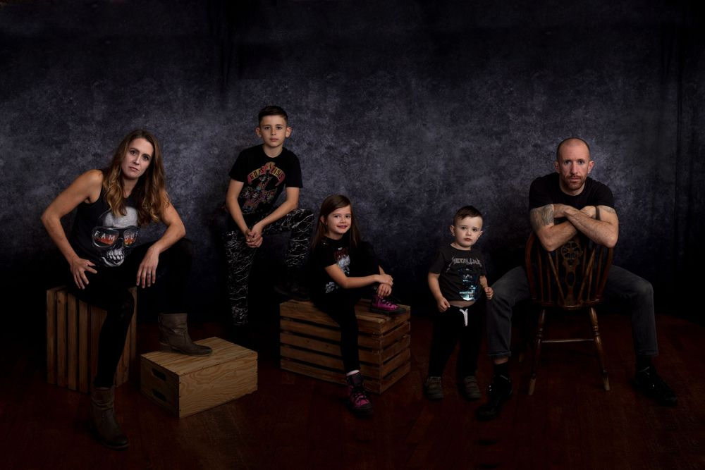 family photoshoot in studio, children, siblings, family group, composite image, portraiture
