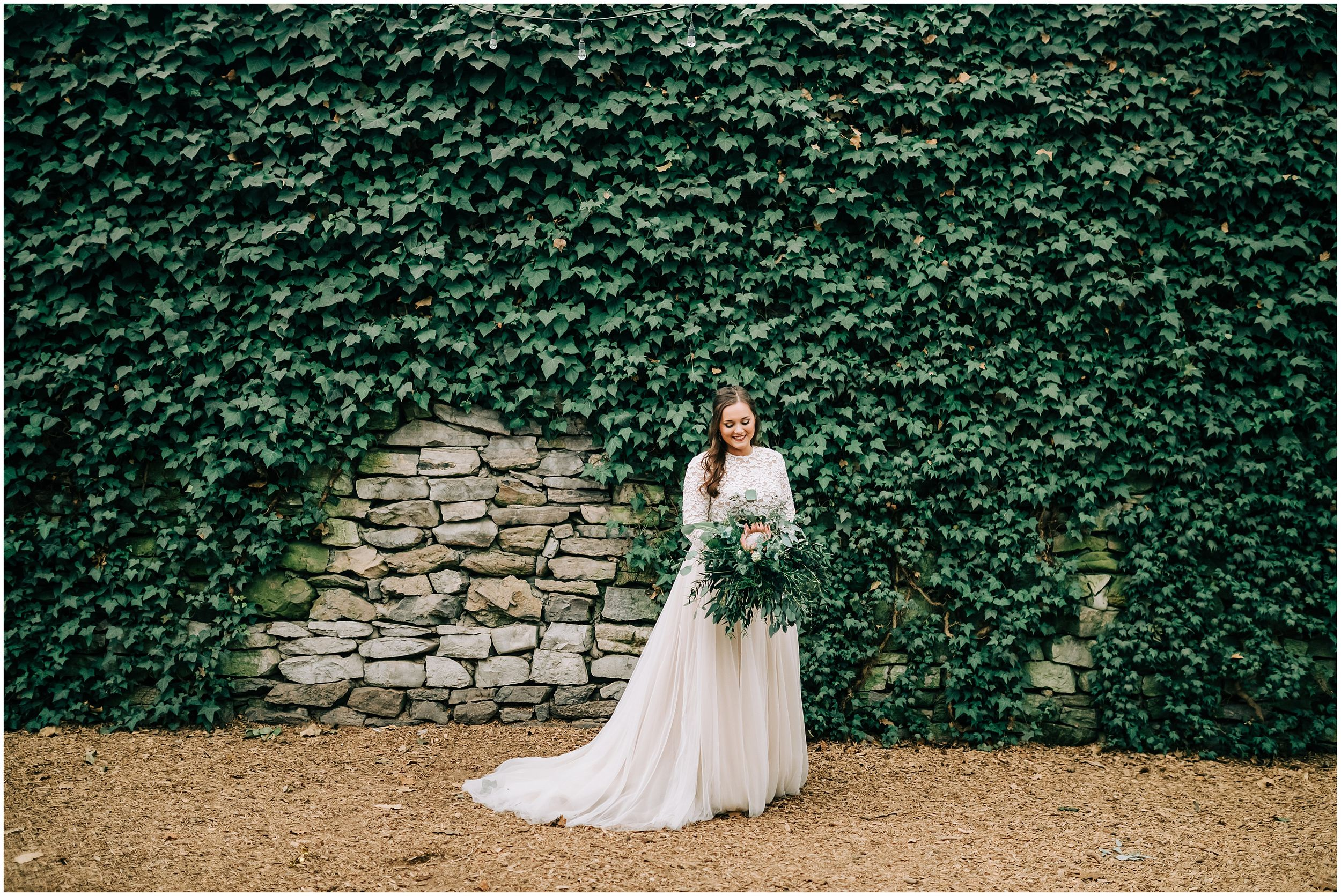 bridal portraits at Knoxville Botanical Gardens