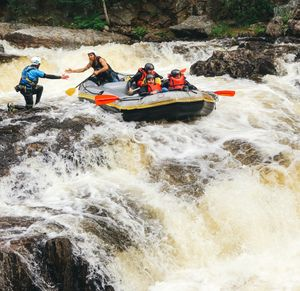 white water rafting linn of tummel freespirits photographer