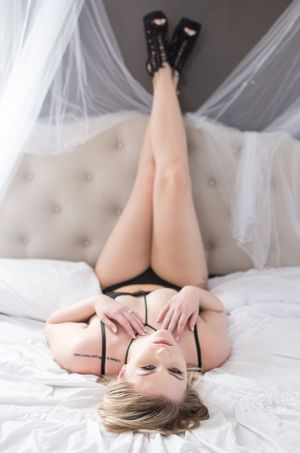 Hicks Pics Photo LLC - South Denver Boudoir Photographer - Brooke