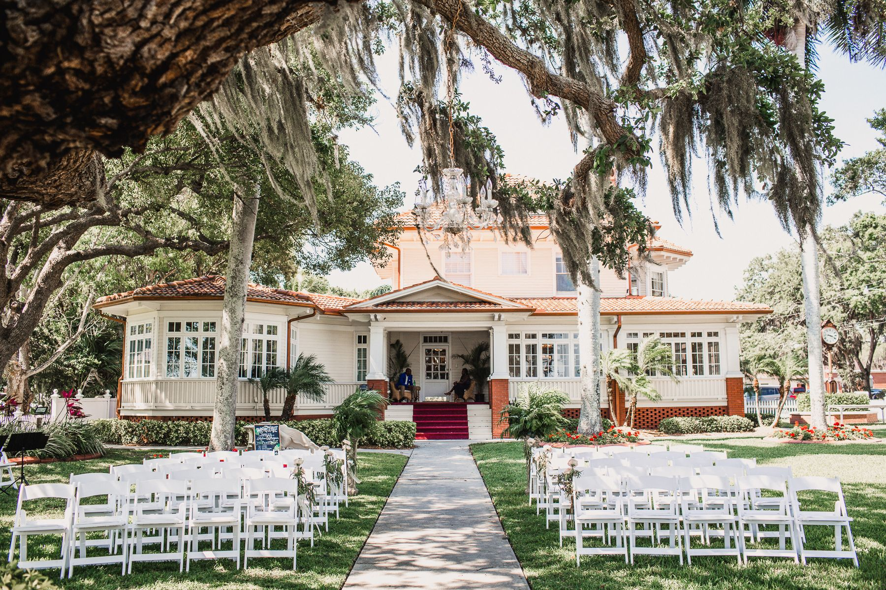 ceremony setup at palmetto riverside bed and breakfast, sarasota wedding venue