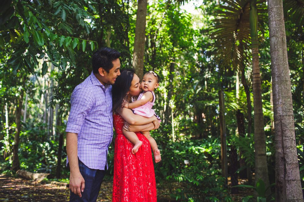 Family photo in Brisbane Botanical Gardens