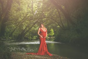 knoxville maternity photographer creek