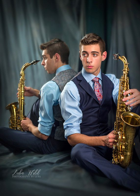 Coeur d Alene high school senior boy with saxophone photographer luba wold with mirror reflection musician