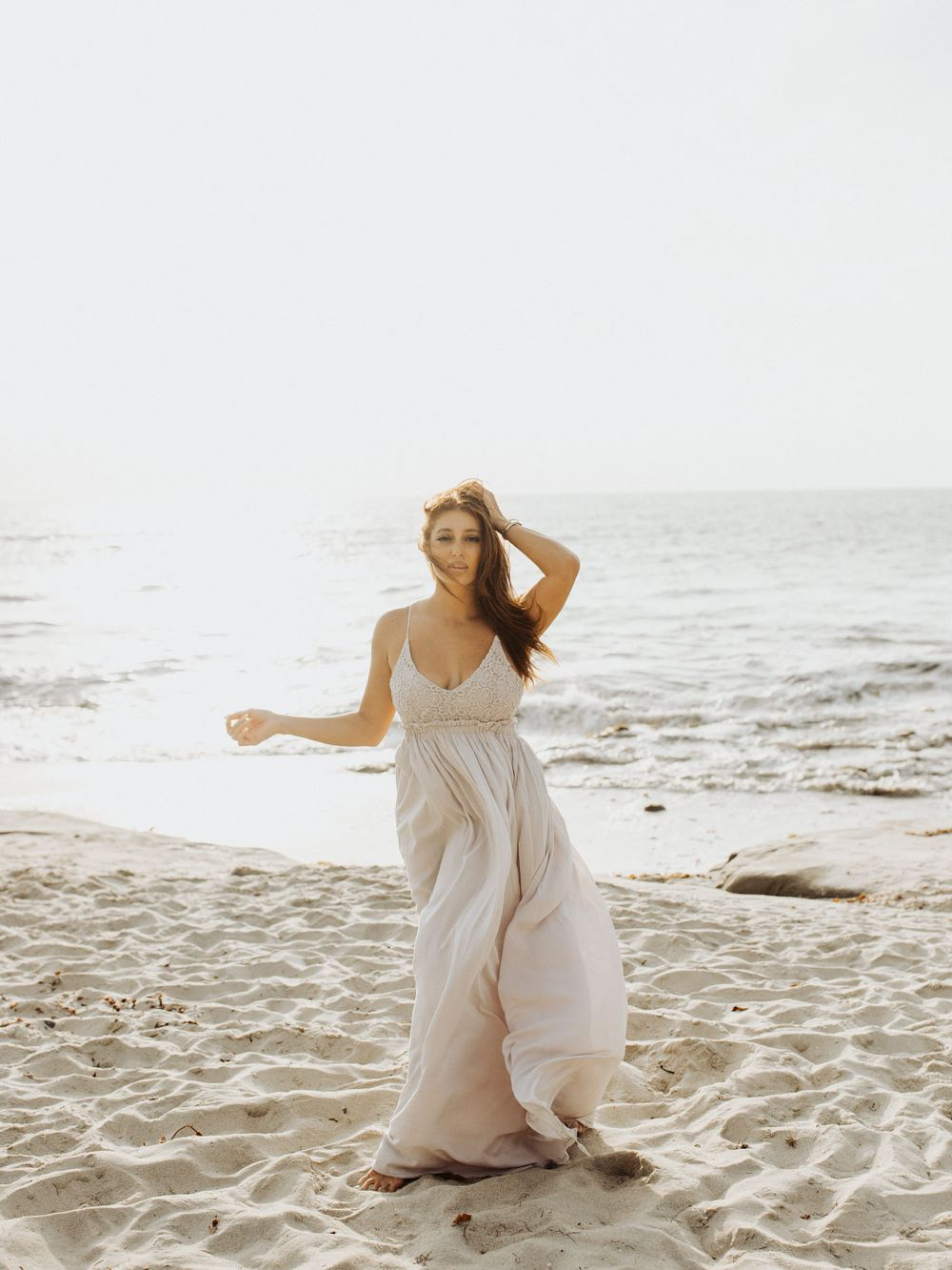 sunset cliffs san diego couple photoshoot engagement shoot posing ideas outfit inspiratio san diego wedding photographer