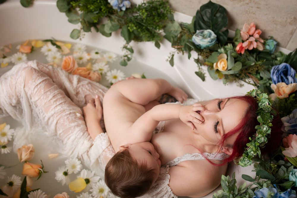 breastfeeding milkbath kansas city newborn maternity photography photo shoot lee's summit liberty independence family