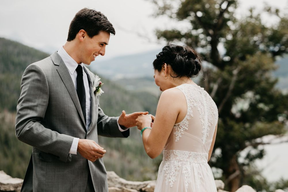 Stress free elopement breckenridge colorado wedding