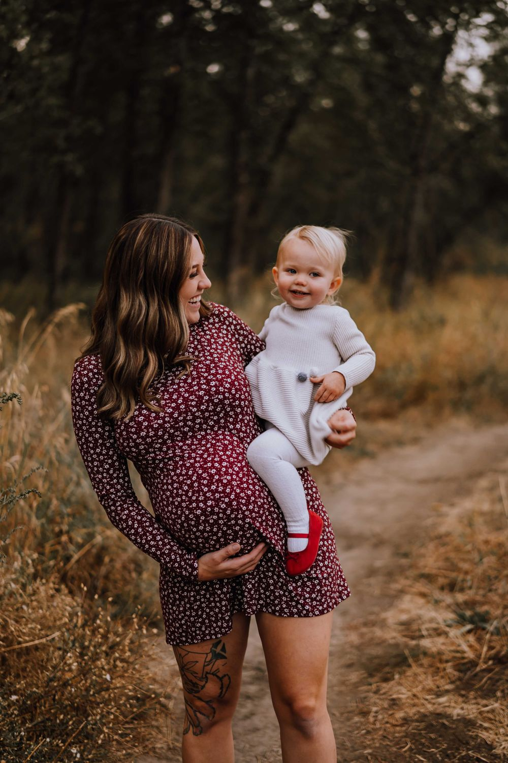 Jess Kaebe, Kelowna maternity photos | Anna Kova Photography