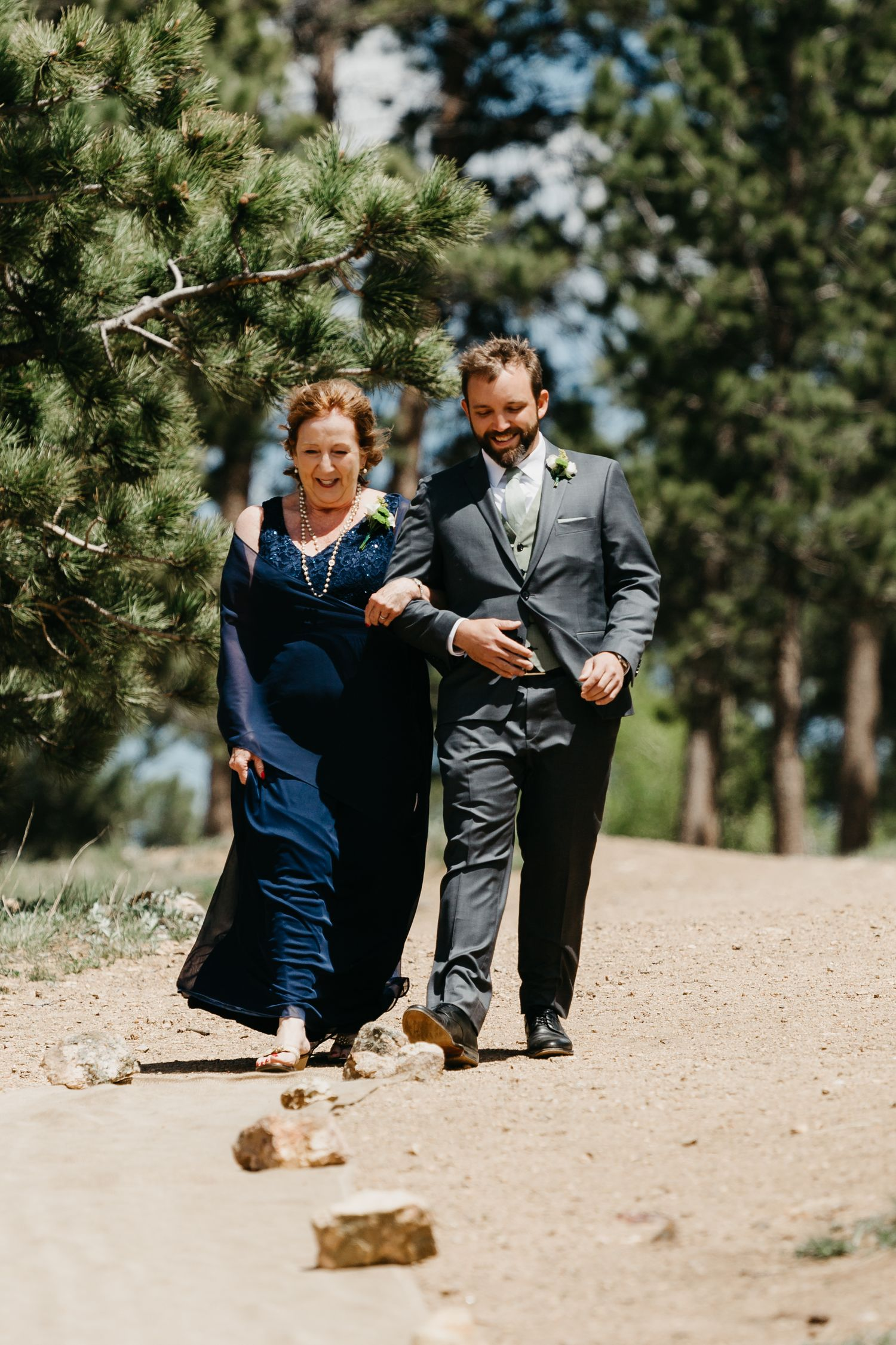 groom and mom, walking down the aisle, ceremony, photography, colorado, estes park, forest wedding, classy, timeless