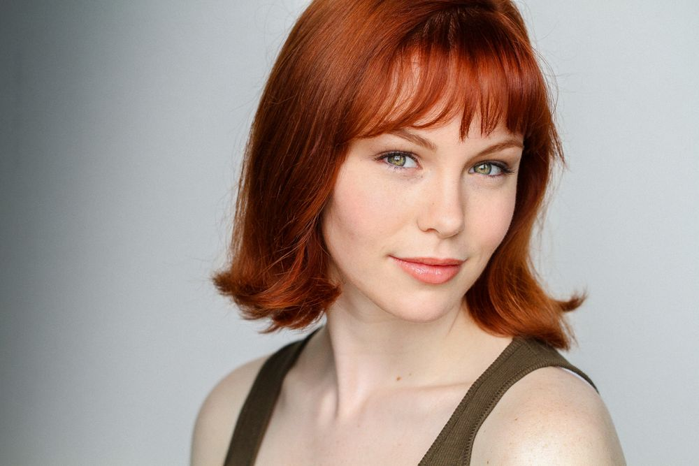 Fort Myers professional headshots of actress henson milam with red hair