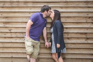 Bride Groom Pre Wedding Kiss Oxfordshire Oxford Photographer