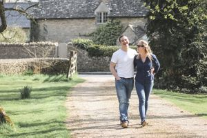 Countryside Pre Wedding Photography Oxfordshire Squib