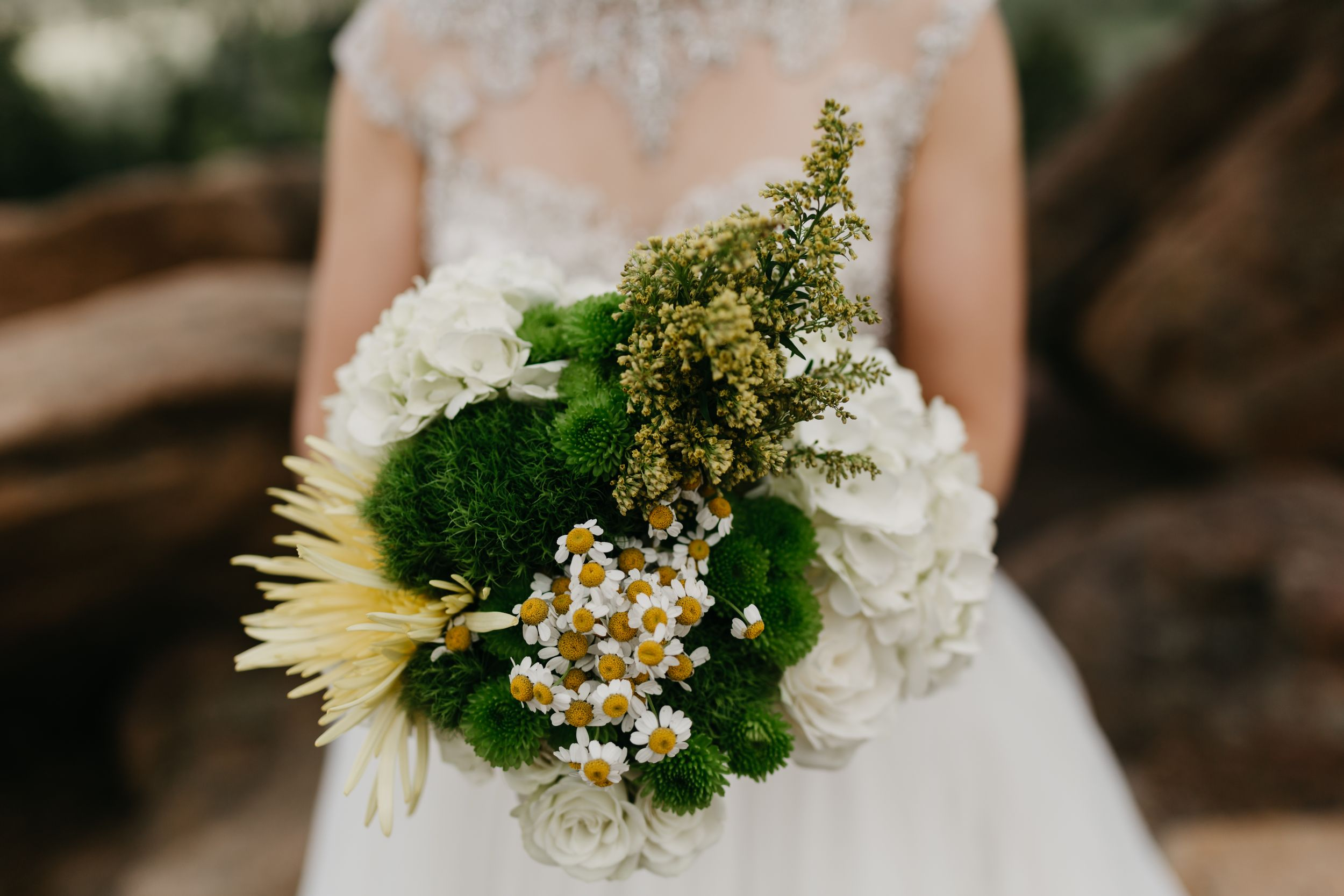 bouquet, floral, rmnp, ymca, ceremony, photography, colorado, estes park, forest wedding, classy, timeless