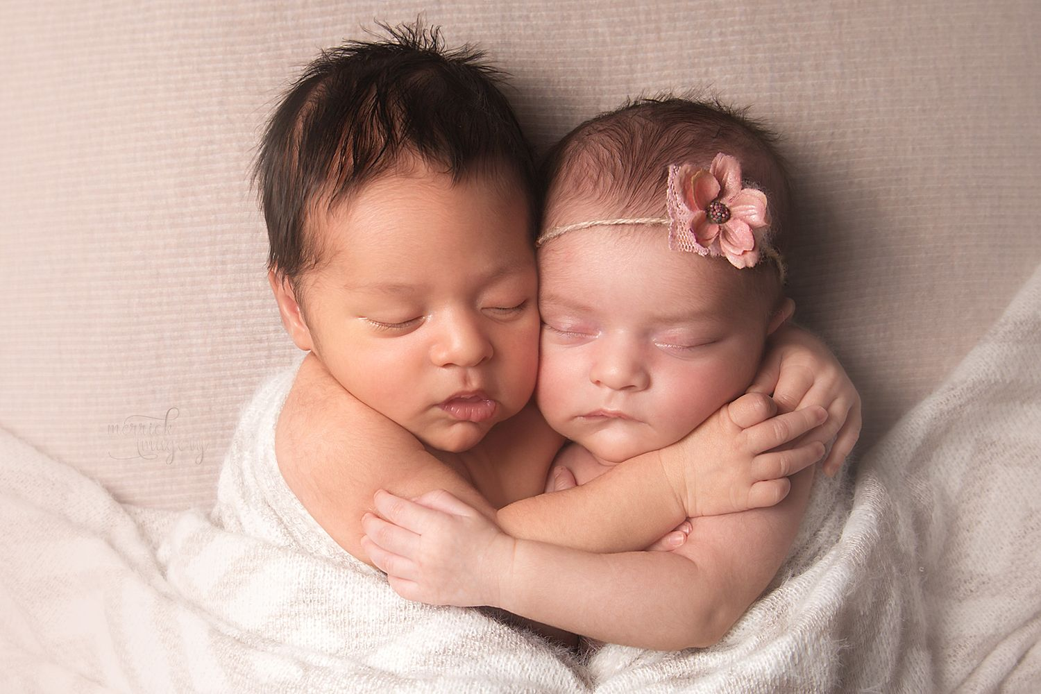 Las Vegas Twin Newborn Photographer